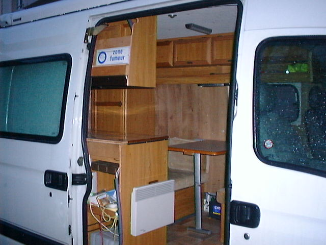 j5 amenage en camping car tbe ct ok 201000km pour tout. Black Bedroom Furniture Sets. Home Design Ideas