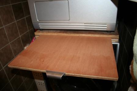 voir le sujet cherche des id es pour faire un plan de travail. Black Bedroom Furniture Sets. Home Design Ideas