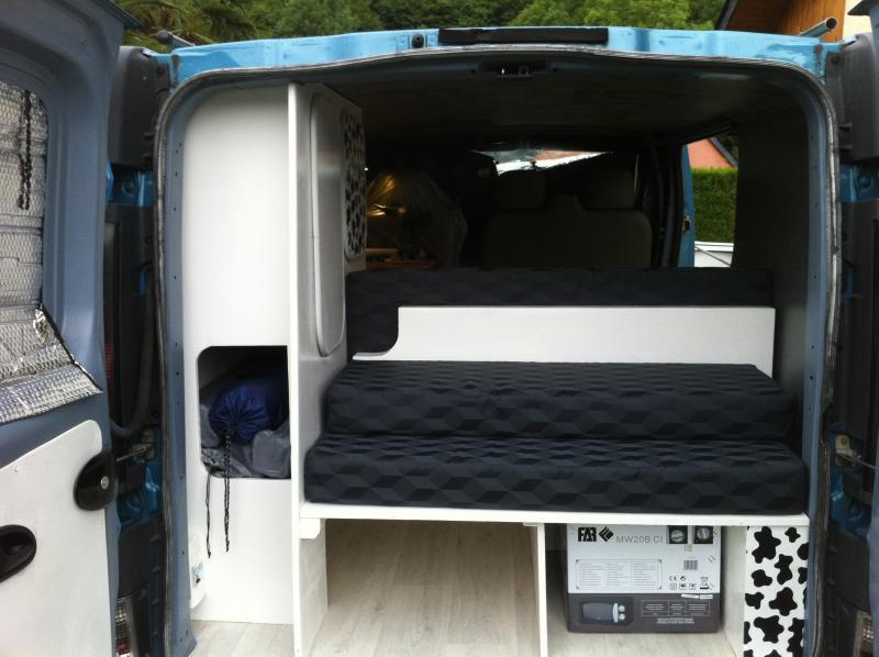 comment amenager vivaro. Black Bedroom Furniture Sets. Home Design Ideas