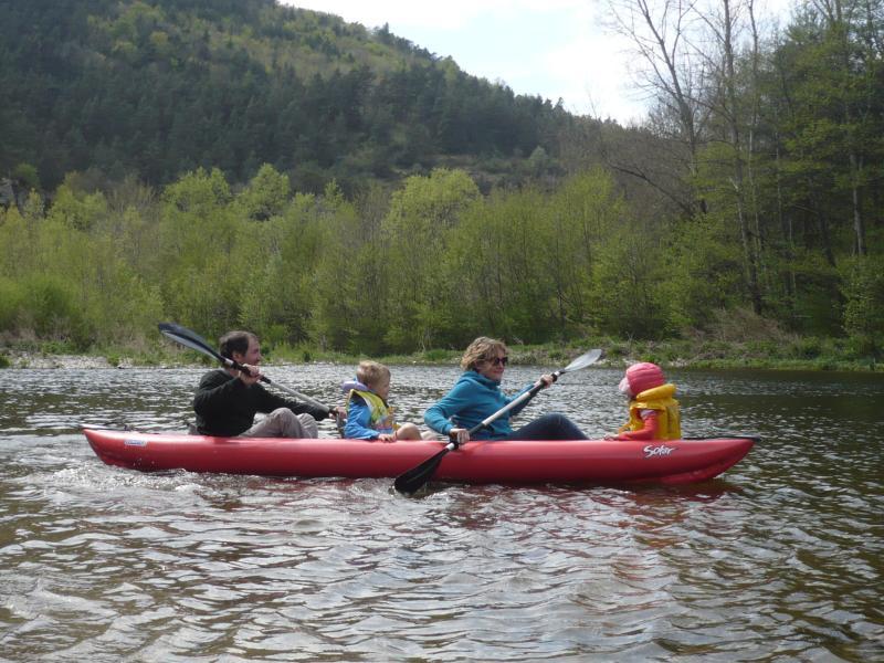 voir le sujet kayaks cano s et autres bateaux. Black Bedroom Furniture Sets. Home Design Ideas