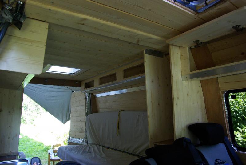 voir le sujet iveco 35c11 l2h2 5 places voyage habitat temporaire. Black Bedroom Furniture Sets. Home Design Ideas
