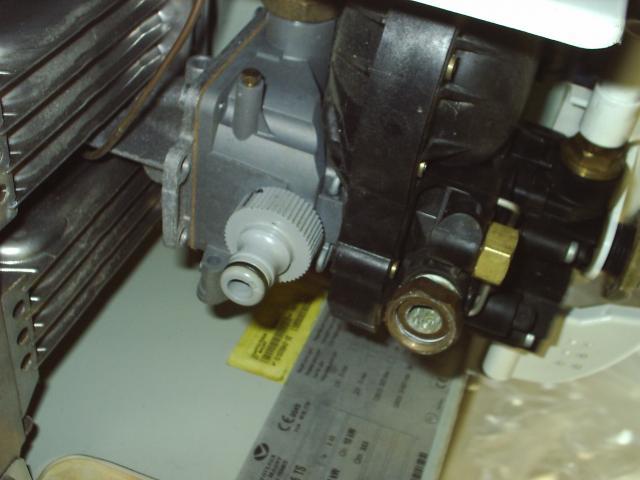 voir le sujet utilisation de plomberie eau pour racord gaz sur. Black Bedroom Furniture Sets. Home Design Ideas