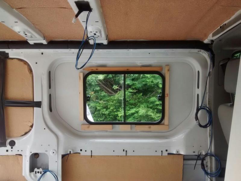 voir le sujet fourgon non homologu contr le technique. Black Bedroom Furniture Sets. Home Design Ideas