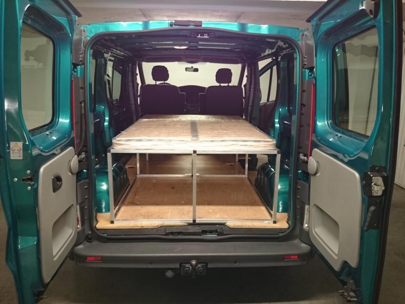 voir le sujet trafic 2011 l1h1 2 places week end et vacances. Black Bedroom Furniture Sets. Home Design Ideas