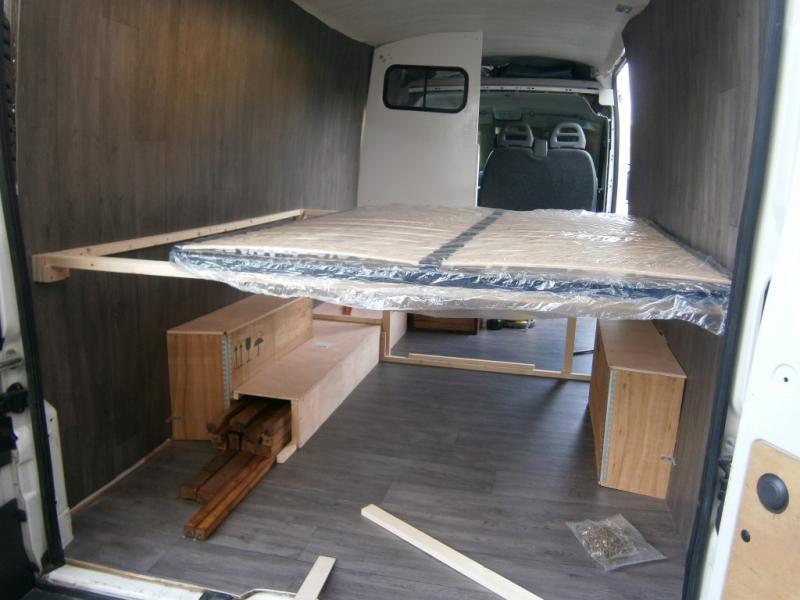 fabuleux amenagement citroen jumper en camping car nl91 montrealeast. Black Bedroom Furniture Sets. Home Design Ideas