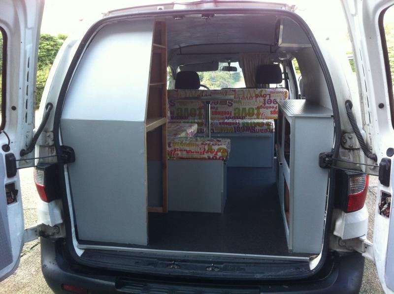 fourgon amenage hyundai. Black Bedroom Furniture Sets. Home Design Ideas