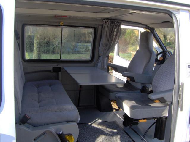 voir le sujet ford transit nugget 1987 4 places en 3i me voiture. Black Bedroom Furniture Sets. Home Design Ideas