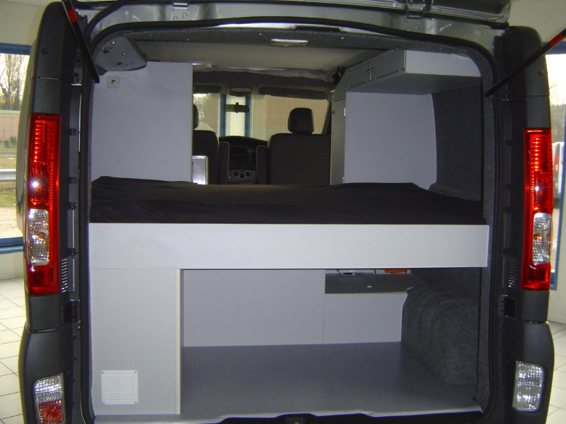 trafic l2h2 amenage camping car. Black Bedroom Furniture Sets. Home Design Ideas