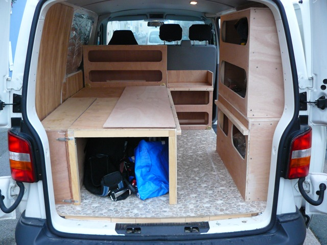 voir le sujet vw t5 court t l amenagement modulable kite et. Black Bedroom Furniture Sets. Home Design Ideas