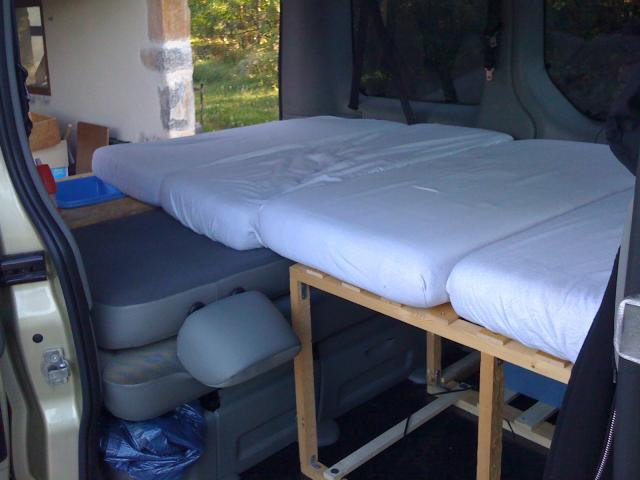 voir le sujet trafic 2006 l1h1 5 places tous les jours et. Black Bedroom Furniture Sets. Home Design Ideas