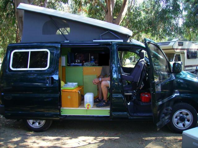 voir le sujet toyota hiace 2010 l1h1 2 places we vacances. Black Bedroom Furniture Sets. Home Design Ideas