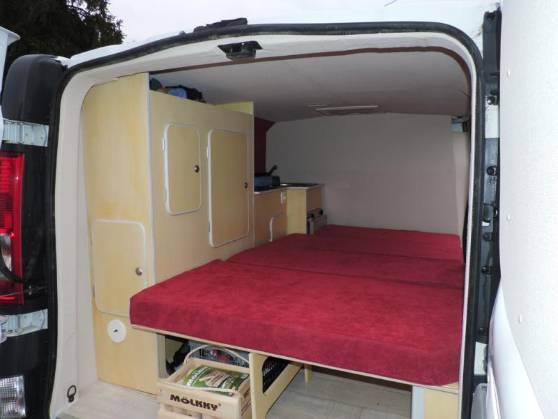 voir le sujet besoin de conseils pour l amenagement d un ford. Black Bedroom Furniture Sets. Home Design Ideas