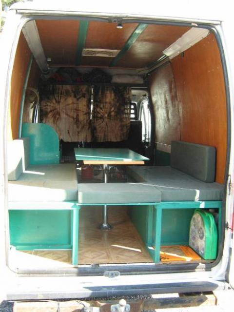 id e am nagement camion. Black Bedroom Furniture Sets. Home Design Ideas