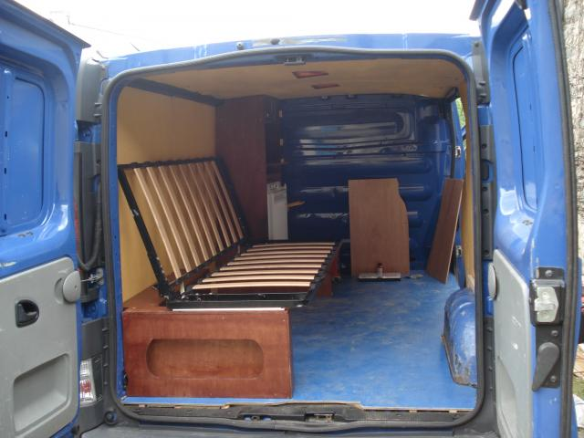 comment amenager son renault trafic. Black Bedroom Furniture Sets. Home Design Ideas