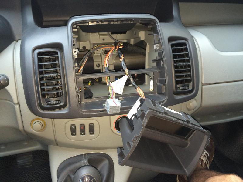 Voir le sujet autoradio for La resistance interieur