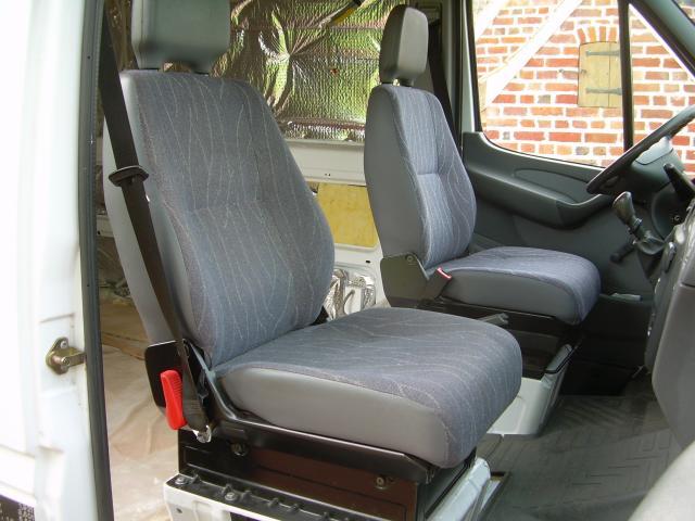 voir le sujet sprinter banquette passagers reglable. Black Bedroom Furniture Sets. Home Design Ideas