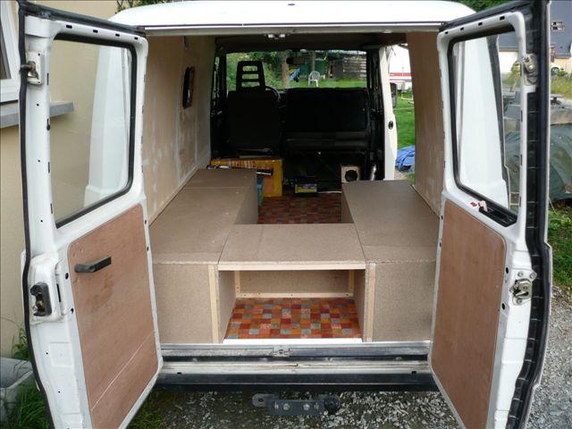 fourgon amenage j5. Black Bedroom Furniture Sets. Home Design Ideas