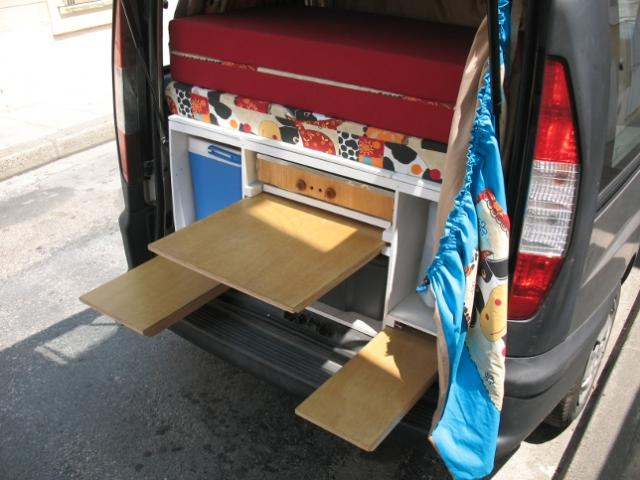 voir le sujet fiat doblo 5 places route deux couchages. Black Bedroom Furniture Sets. Home Design Ideas