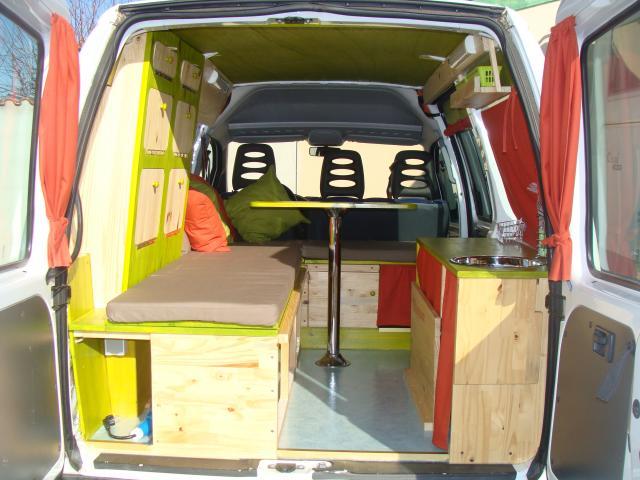 voir le sujet expert 3 place travail et vacances. Black Bedroom Furniture Sets. Home Design Ideas