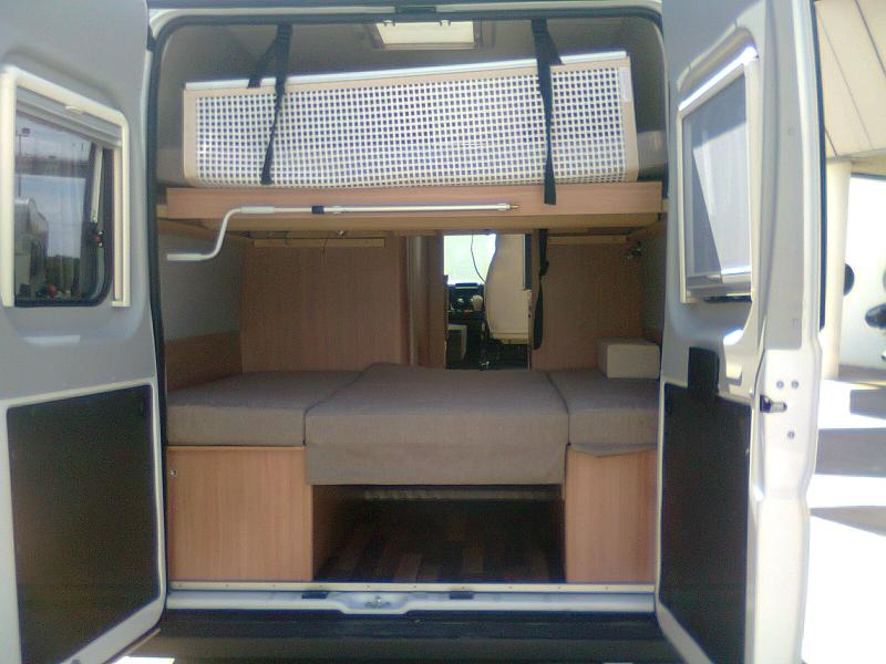voir le sujet salon du camping car martigues. Black Bedroom Furniture Sets. Home Design Ideas