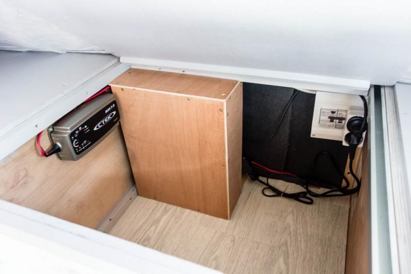 voir le sujet fiat doblo 1 6l maxi 2014 l2h1 2 places week end. Black Bedroom Furniture Sets. Home Design Ideas