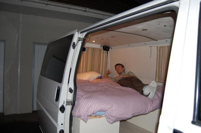 comment amenager transporter t4. Black Bedroom Furniture Sets. Home Design Ideas