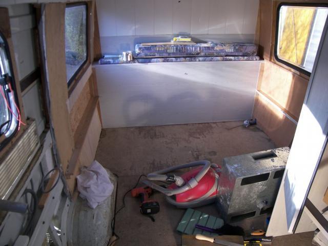 Voir le sujet dans quel camion peut on dormir en largeur - De quel cote dormir ...